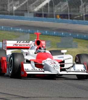 Helio_Castroneves1290x329